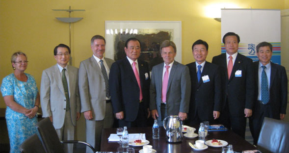 National assemblymen promote Yeosu Expo in northern Europe ...