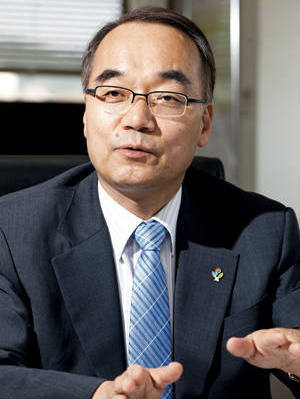 Minister of Strategy and Finance Bahk Jaewan