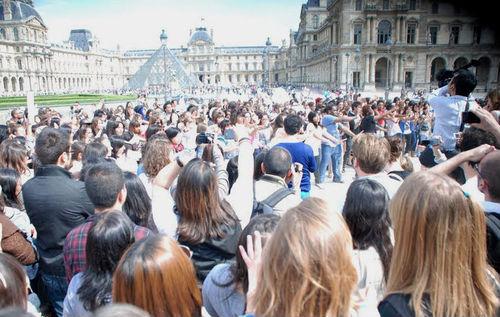 France indulges in Korean culture, pop music : Korea net