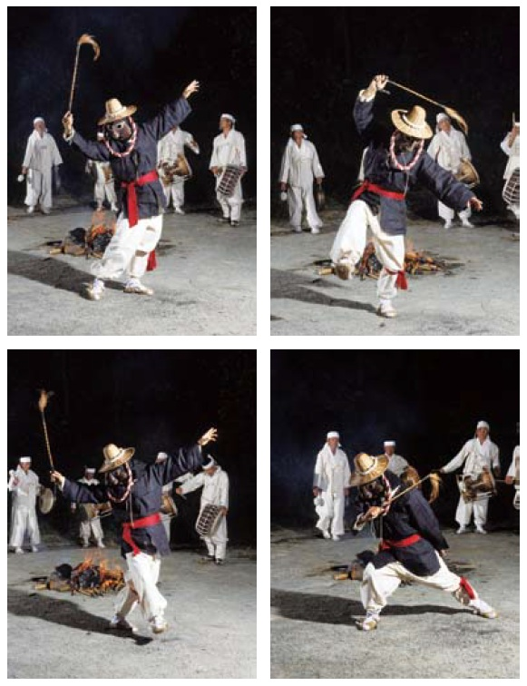Dance movements from the mask dance of Goseong.