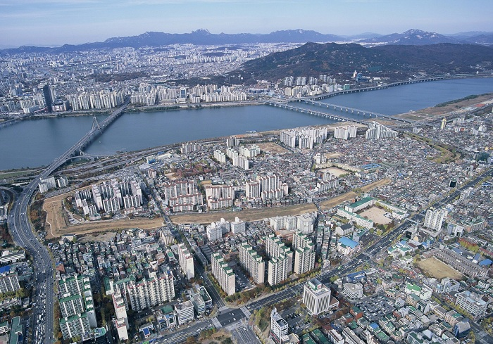141204_Korea_historic_wall_1.jpg