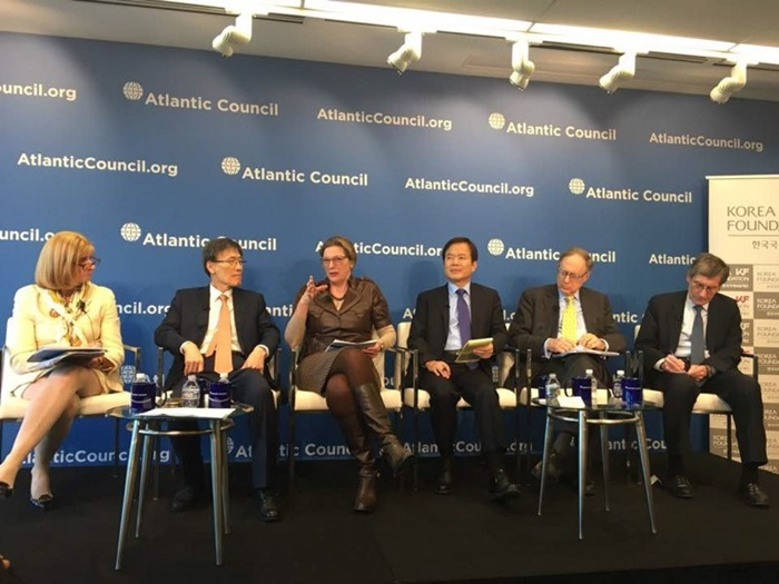 Former U.S. Ambassador to Korea Kathleen Stephens (third from left) speaks on Mar. 5 during a forum hosted by the Korea Foundation and the Atlantic Council in Washington. (Korea Foundation)