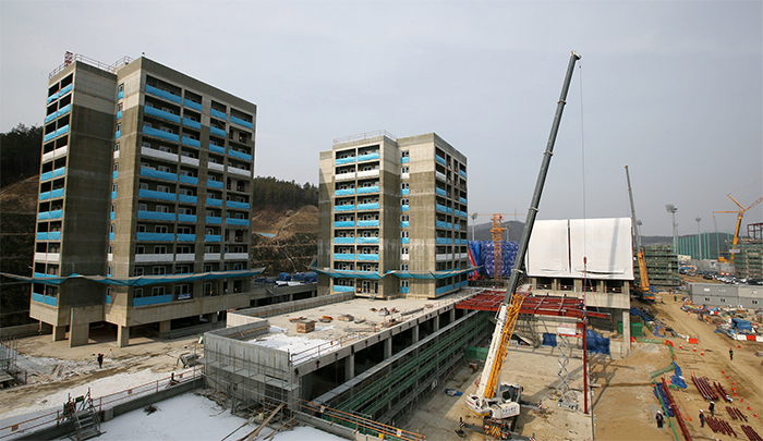 More dormitories are under construction at the Jincheon National Training Center. By 2017, the facility will be able to accommodate 1,115 athletes.