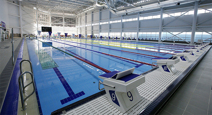 There are 10 racing lanes in the Olympic-sized main swimming pool.