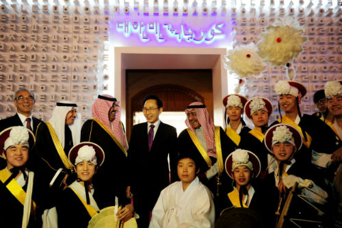 President Lee attends the opening ceremony of the Janadriyah National Festival for Heritage and Culture, where Korea was invited as guest of honor