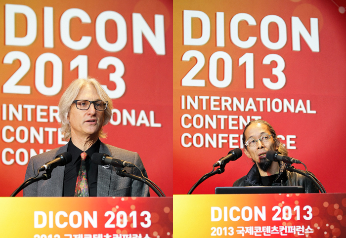 Visual Effects Society President Jeff Okun (left) and Japanese animation director Morimoto Koji make opening remarks at DICON 2013. (photo courtesy of the KOCCA)