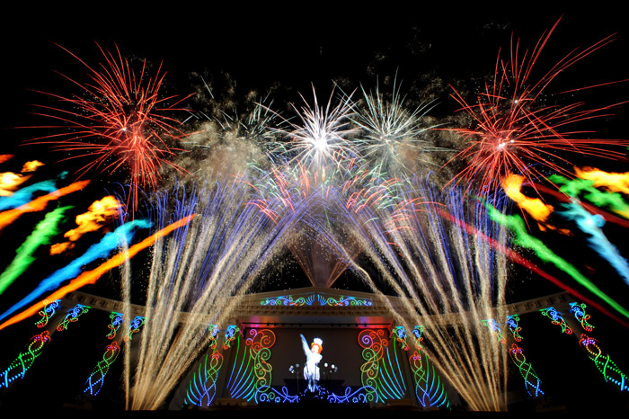 Everland puts on a nightly firework show during the tulip festival. (photo courtesy of Everland)
