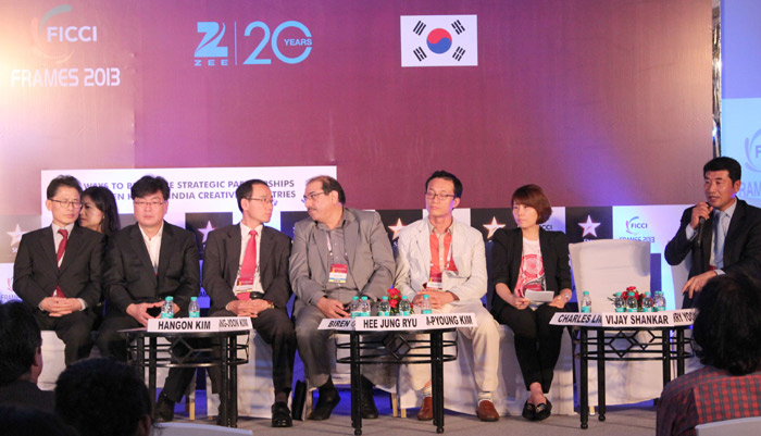 The panel of the Korean delegation at the seminar of FICCI FRAMES 2013 on March 12 (photo: Yonhap News).