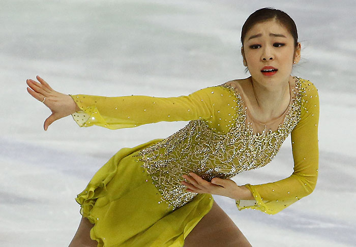 "Kim Yuna performs her short program to ""Send in the Clowns"" at the Golden Spin of Zagreb on December 8. (Photo: Yonhap News)"
