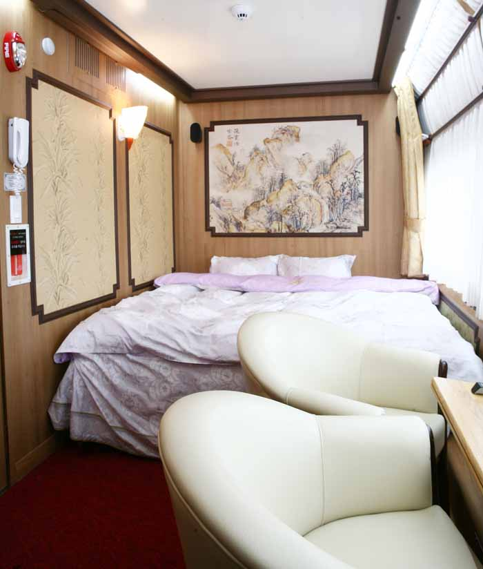 Suite room for two people (photo courtesy of Korail)