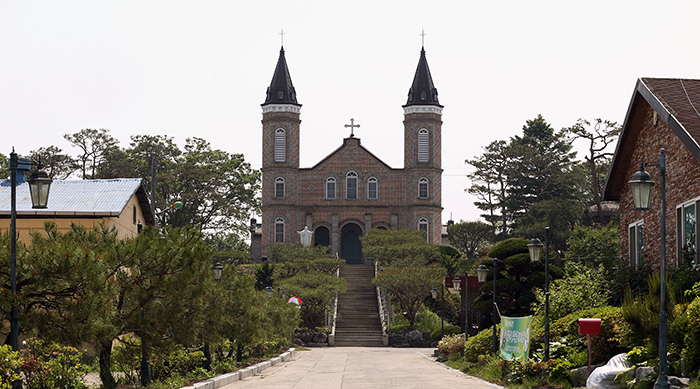 Hapdeok_Catholic_Chuch_Article_03.jpg