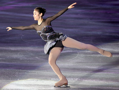 Olympic champion Kim Yuna skates to Arirang at the 2011 World Figure Skating Championships (photo: Yonhap News).