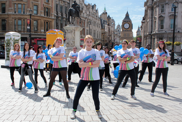 British K-pop fans staged a flash mob in Trafalgar Square in support of Team Korea.