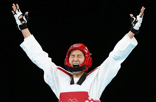 Hwang Kyung-seon defended her gold medal title in the women's 67kg taekwondo event at the 2012 London Olympics (photo: Yonhap News).
