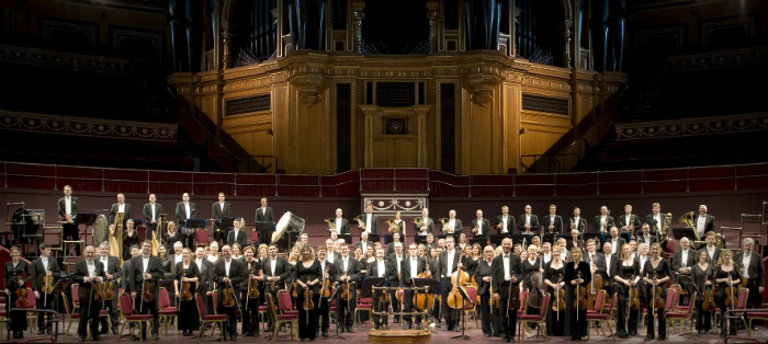 World class maestro orchestras to delight music fans in for Orchestral house music