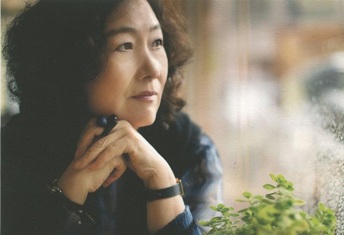Poet Moon Chung-hee