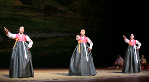 Fifteen versions of Arirang will be performed at the National Gukak Center at 4 p.m. on September 30 and October 1 (photo courtesy of National Gukak Center).