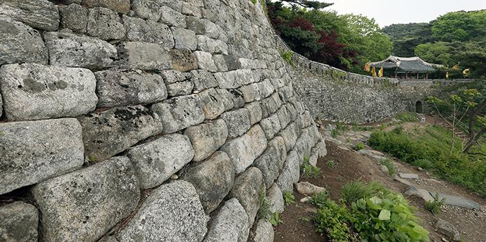 Namhansanseong_Fortress_Article_02-1.jpg