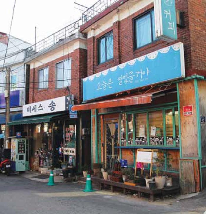 Seoul_Alley_Usadangil_01.jpg