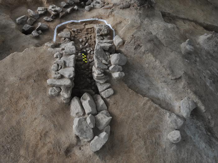Silla-tomb-140719-3.jpg