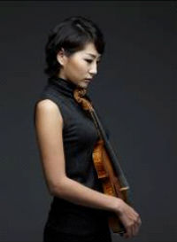 One of Korean violinists, Shin Hyun-su