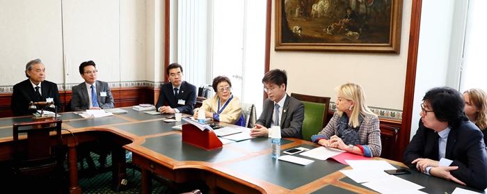 Comfort women's #MeToo resounds in France : Korea net : The