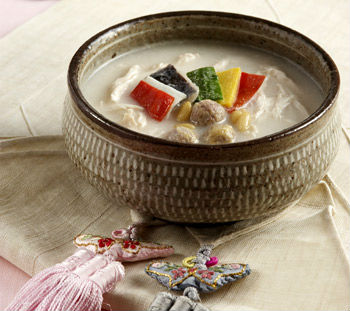 Imjasutang (photo courtesy of the Institute of Traditional Korean Food).