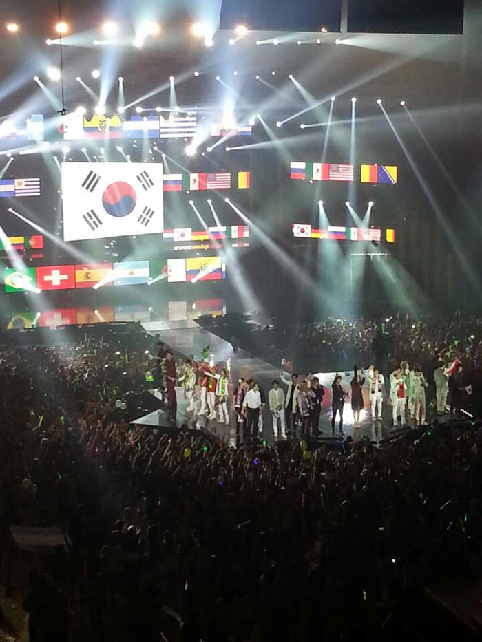 The 'Music Bank in Brazil' concert is held in Rio de Janeiro. The line-up featured B.A.P, CNBLUE, Infinite, Ailee, M.I.B, MBLAQ and SHINee. (photo: Yonhap News)
