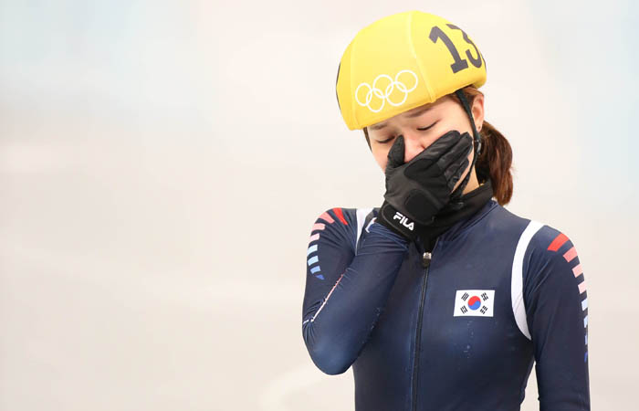 Park Seung-hi sheds tears after finishing the final race in fourth place. She ended up winning bronze after a disqualification. (photo: Yonhap News)