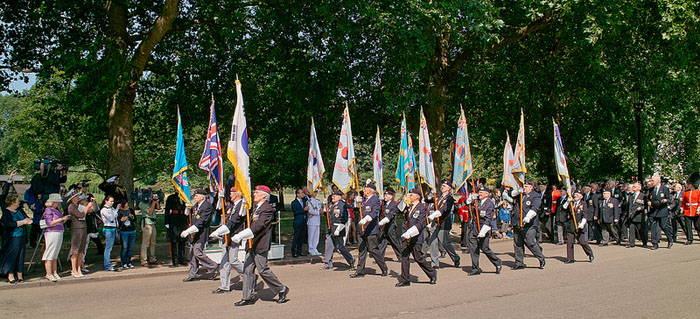 Korean War veterans march in a parade to mark the 60th anniversary of the armistice (photo courtesy of KCCUK).