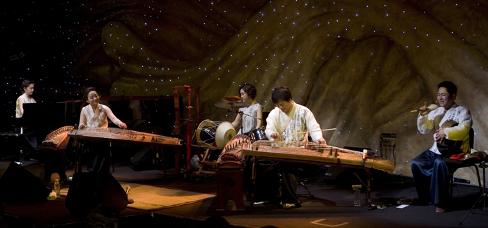 Ensemble Sinawi offers a brand-new traditional art form, playing a variety of traditional musical instruments for <i>A Meeting of Pansori and Instruments</i> (photo courtesy of the National Theater of Korea).