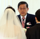 PM_Kim_Hwang_Sik_wedding_ceremony.jpg