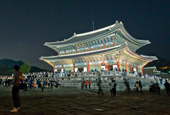 131010_royal_palaces_Korea_thb2.jpg