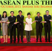 ASEAN+3 leaders support Northeast Asia peace initiative
