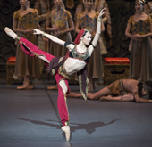 Exotic 'La Bayadère' graces the stage with cast of hundreds