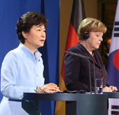 President Park, German leader discuss cooperation