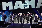 EXO takes breath away of 100,000 in Japan
