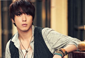 CN Blue′s Jung Yong Hwa to sing National Anthem at Dodg...