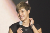 Kim Hyun Joong Makes 20,000 Fans Cheer for Yokohama Con...