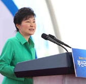 President vows to build Busan Asia's leading financial hub
