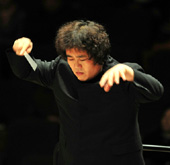 First Asian to conduct Russia's National Philharmonic
