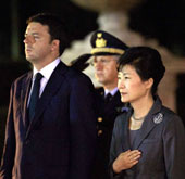 President Park holds summits with Italian PM, president