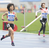 Gold medals bring out emotion at Incheon games