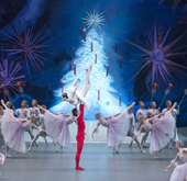 Three ballet theaters welcome X-mas with 'Nutcracker'