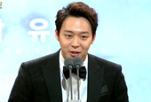 JYJ′s Park Yoo Chun named Best New Actor at Blue Dragon...