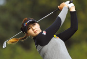 Golf_Queens_Korea_Magazine_th_02.jpg