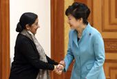 President_Park_Indian_Foreign_Minister_th_02.jpg