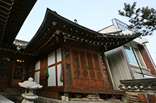 Bookchon Hanok Village