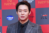 JYJ′s Park Yoo Chun takes home Best New Actor Award at ...