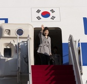 President Park to visit Middle East
